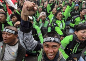 Grab and Go-Jek feel the heat from disgruntled motorbike drivers