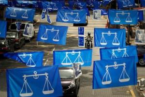 Investors in suspense ahead of Malaysia polls