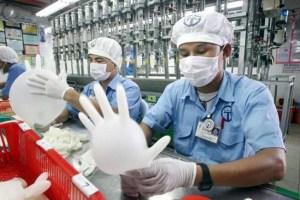 Malaysia raises minimum wage to 1,050 ringgit per month