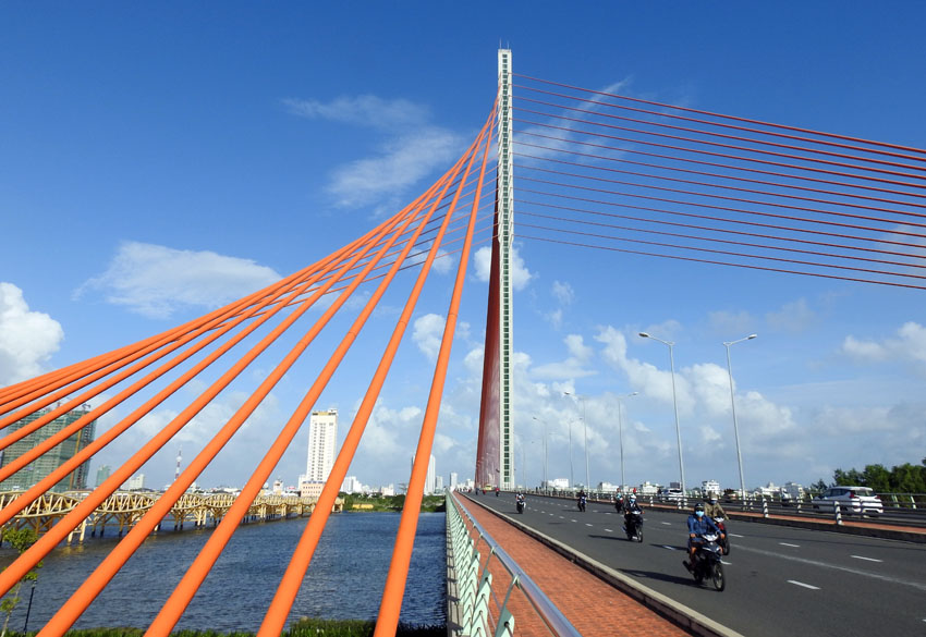 Vietnam's Economy Set To Overtake Singapore's In Size