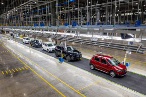 Vietnam's First Homegrown Cars Ready For Delivery