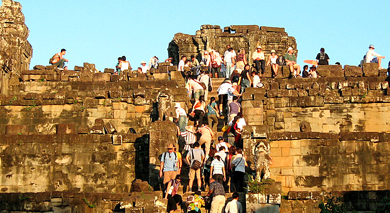Cambodia tourism arrivals up 18%