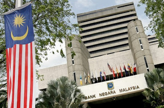 Malaysia's economic outlook darkens further