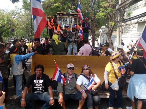 Bangkok Protests8 Dec 9_Arno Maierbrugger