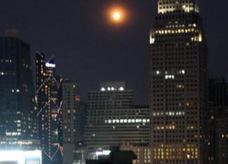 Bangkok-full-moon_Arno-Maierbrugger