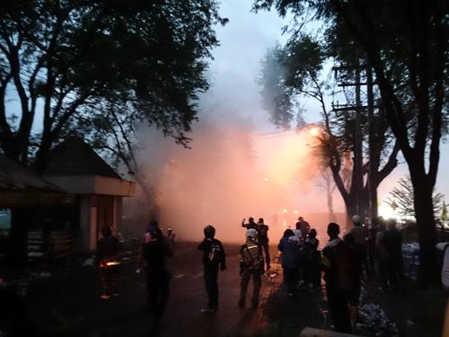 Bangkok-riots-Dec-2013_23_Arno Maierbrugger