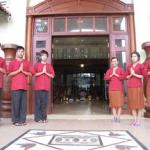 Tourism workers desperately needed in Cambodia