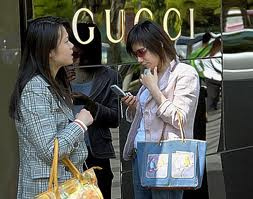 China set to become leading luxury consumer