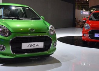 Indonesia pushes low-cost 'green car' production