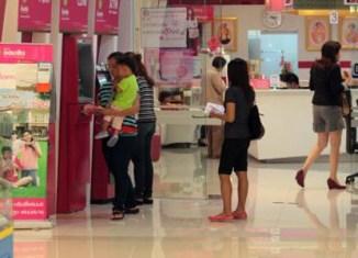 Thai bank customers withdraw 30 billion baht