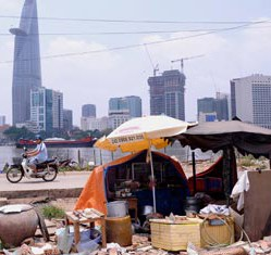 Vietnam continues crusade against poverty