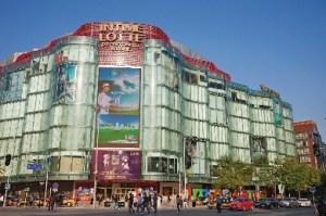 Lotte shopping mall