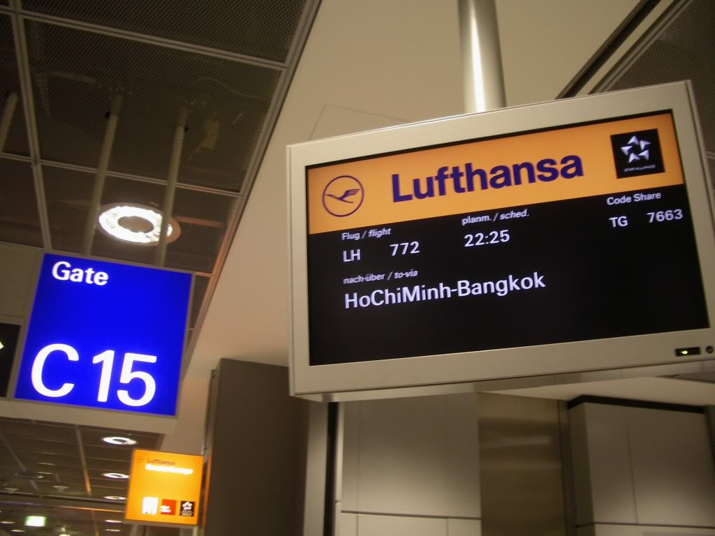Lufthansa plans low-cost airline for Asia
