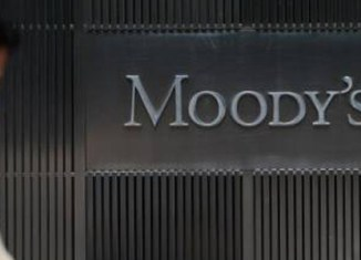 Moody's raises outlook on Malaysia to positive