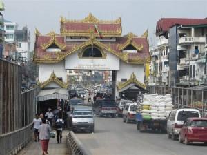 Myanmar border trade1