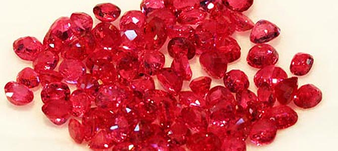 US extends ban on Myanmar gems