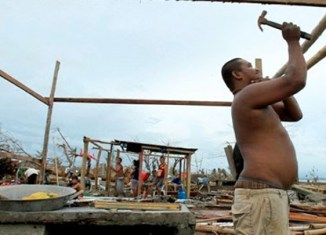 Rebuilding Philippines could take 10 years
