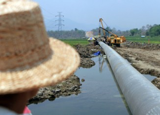 Myanmar opens gas pipeline to China