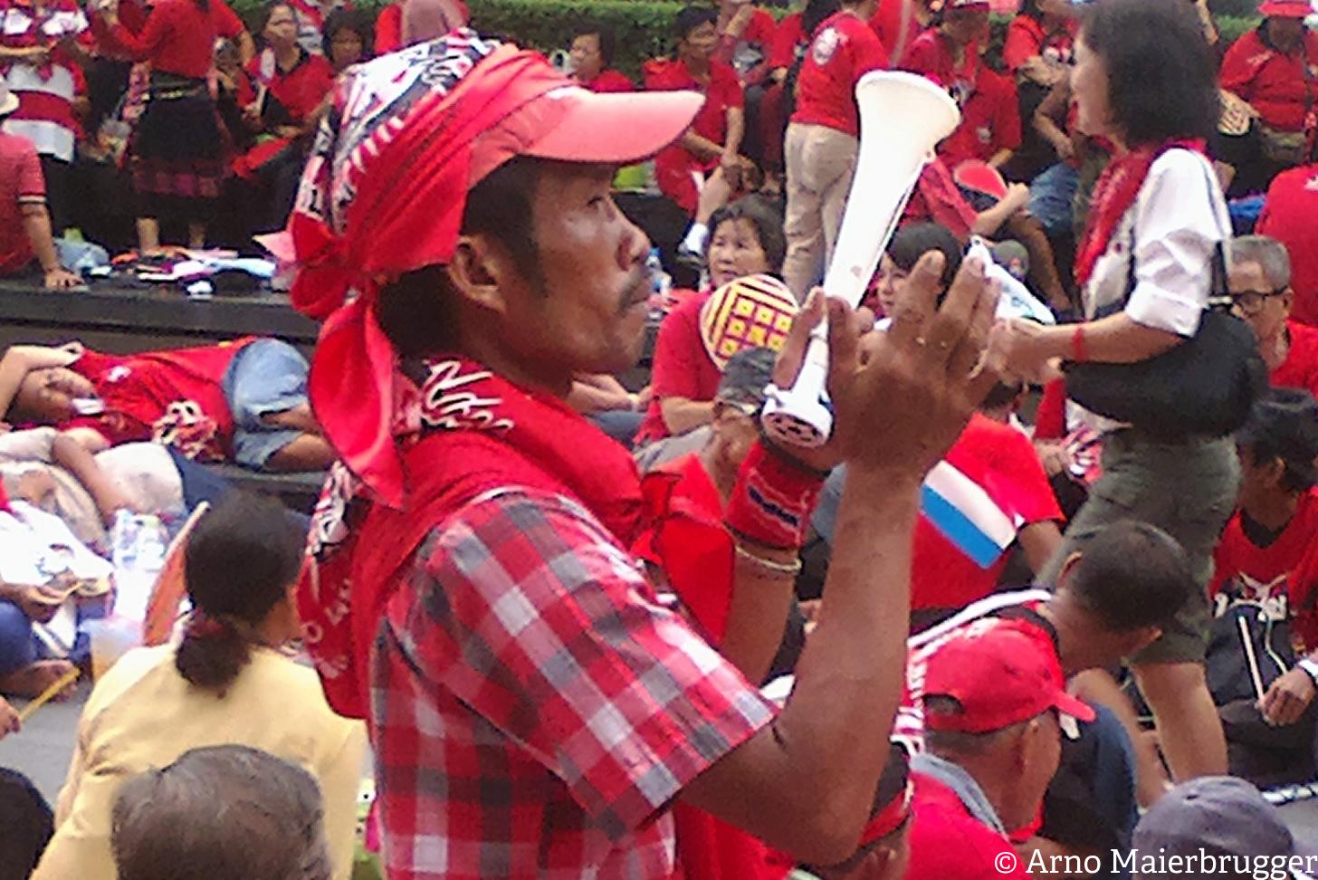 Photoblog: Bangkok, a serenade in red