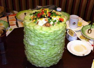 Remembering the salad towers of Pizza Hut China