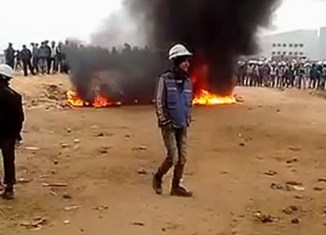 Vietnam workers riot at Samsung factory (video)