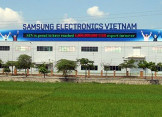 Samsung moves factories from China to Vietnam