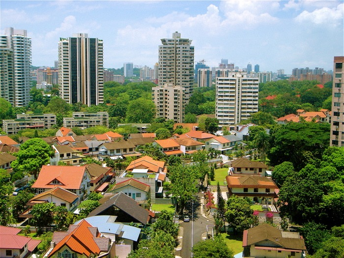 """Soaring Singapore property sends bank outlook to """"negative"""""""