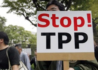 Malaysia's government to review TPP commitment