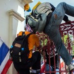 Thai protesters vow to 'paralyse' government