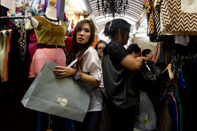 Thailand moves 2013 growth to 4.9%