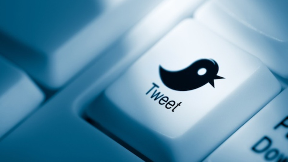 Twitter adds abuse-reporting function