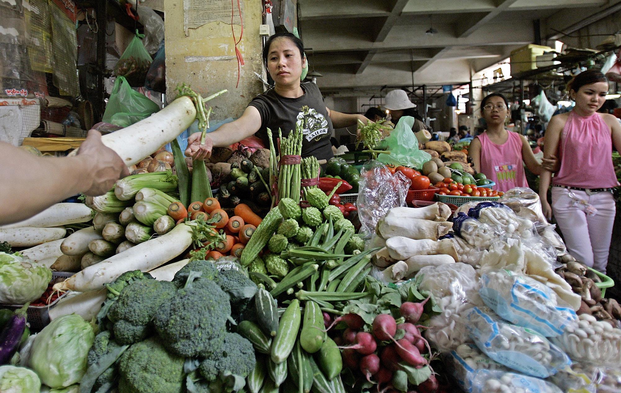 Vietnam's economy in slow mode
