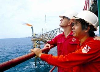Vietnam firms invest $2.65b overseas