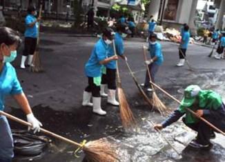 Thailand seeks to restore investor confidence