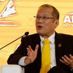 Hong Kong journalists kicked out of APEC summit for 'screaming' at Aquino (video)
