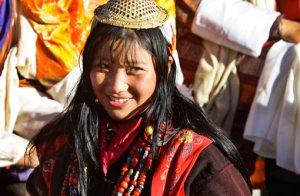 bhutanese_woman_thimpu_bhutan