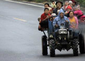 Laos considering private investment for roads