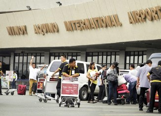 Philippine president says sorry for 'world's worst airport'