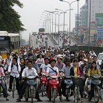 Vietnam seeks to ban motorbikes in big cities