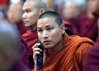 Myanmar mobile phone licenses still not issued