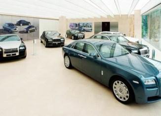 Singapore: Luxury car sales drop 90%