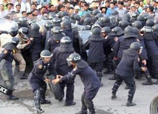 Violent clashes erupt in Thailand