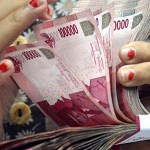 Indonesia rupiah weakens above 10,000 to the dollar