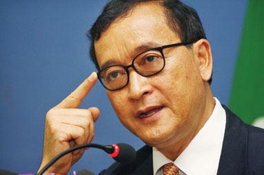 Cambodia calms investors ahead of elections