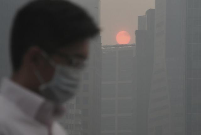 Haze disaster could cost Singapore $1b