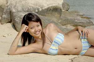 singapore_girl_in_swimsuit21515