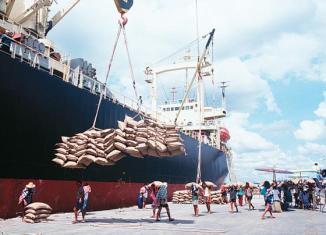 Thailand to reclaim top rice exporter spot after poor Indian season