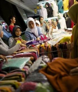 Consumer stocks top Indonesia's bourse