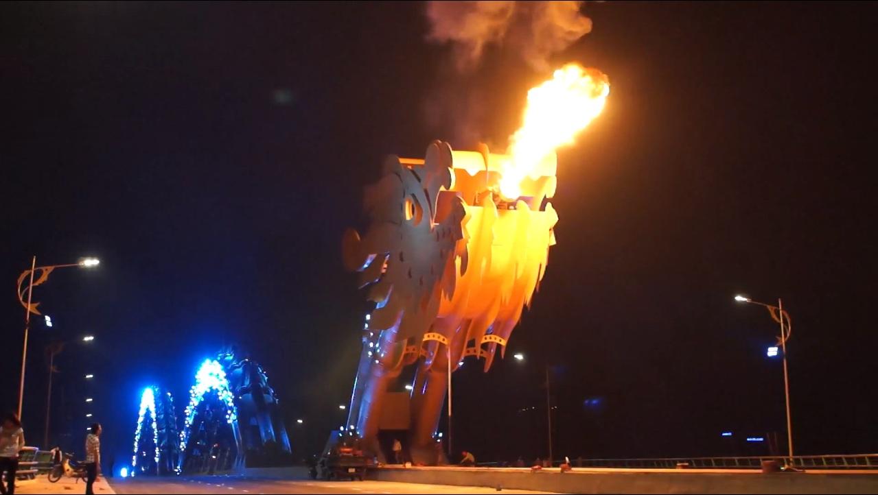 ASEAN oddities: Vietnam's fire-spitting Dragon Bridge