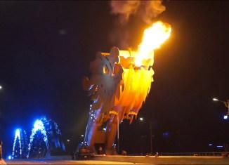 ASEAN oddities: Vietnam's fire-spitting Dragon Bridge